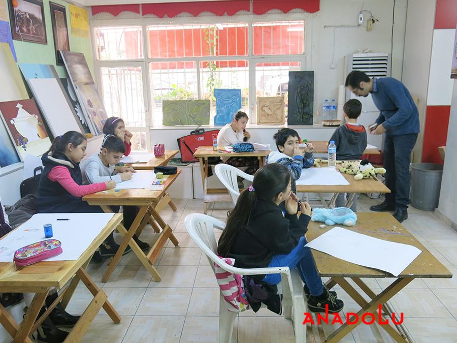 Çocuklar İçin Geliştirilebilir Yetenek Eğitimleri Devam Etmekte Çukurovada