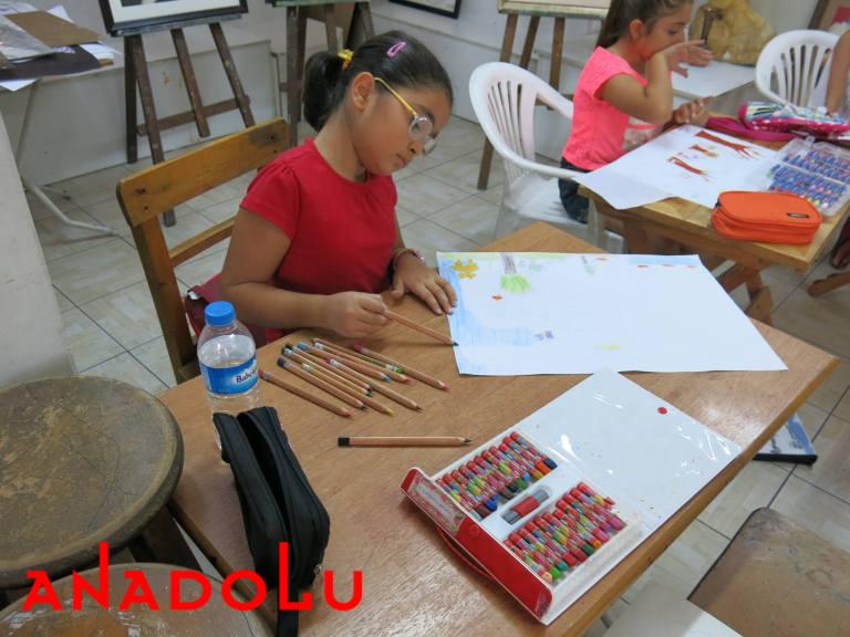 Çocuklar Yönelikler Güzel Sanatlar Kursu Çukurovada
