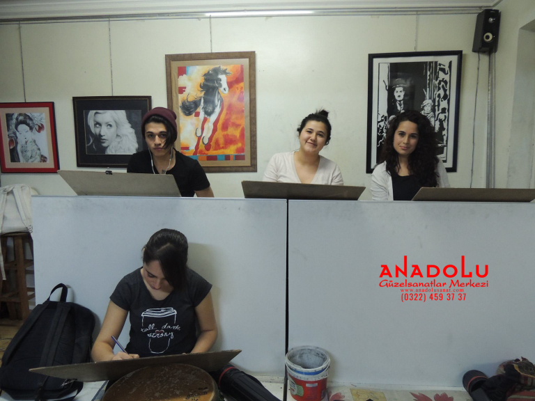 Anadolu Güzel Sanatlarda Karakalem Çizim Atölyesi Çukurovada