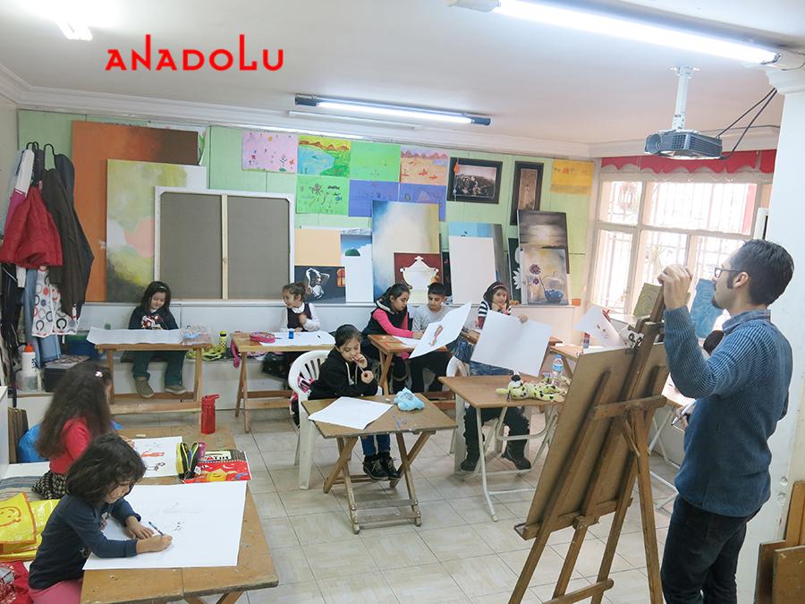 Çocuklarla Resim Atölyesinde Çalışmalar Diyarbakır